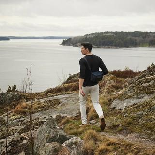 【g公式are】俳優ダニエル・ヘニー、ストックホルムでの旅でコラボCMを公開。