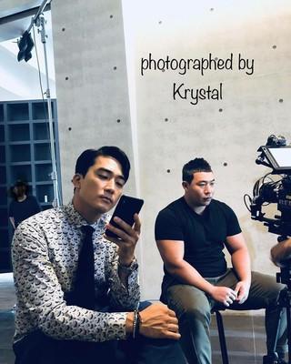 【G公式】f(x) クリスタルが撮影した俳優ソン・スンホン の現場写真が公開。●ドラマ「Player」の撮影現場。。