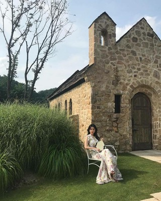 【g公式gra】女優キム・ジウォン、写真公開。「GRAZIA」9月号メイキング。