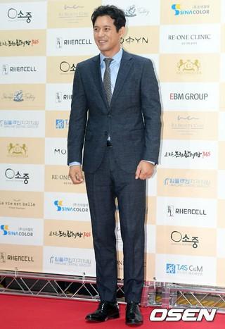 俳優オ・ジホ、第6回大韓民国芸術文化人大賞・授賞式に出席。6日午後、国会議事堂憲政記念館。