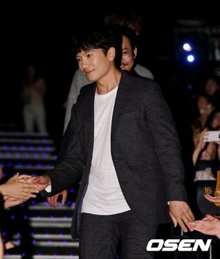 俳優チソン、映画「明堂」ショーケースに出席。ソウル・メガボックスCOEX MX館。