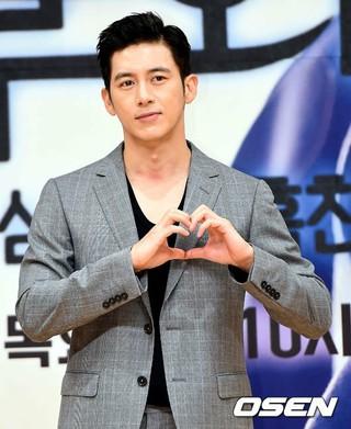 俳優コ・ス、SBS新ドラマ「胸部外科:心臓を盗んだ医師たち」制作発表会に出席。20日午後、ソウル木洞SBS。