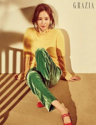 女優キム・アジュン、画報公開。雑誌「GRAZIA」。