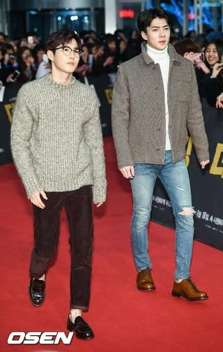 「EXO」SUHO&SEHUN、映画「ザ・キング」VIP試写会に出席。@ソウル・永登浦(ヨンドゥンポ)タイムズスクエア (3枚)