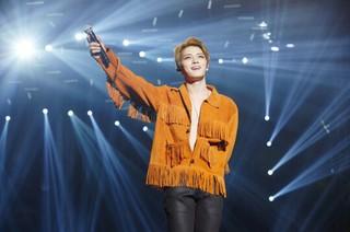 JYJ ジェジュン、昨夜のコンサートで「生きている感じがする」。除隊後の初コンサート。ソウル、高麗大学のファジョン体育館。 (4枚)