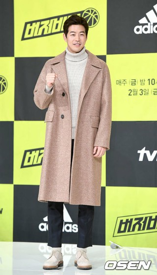 イ・サンユン、tvNバスケ番組「buzzer beater」の制作発表会に出席。