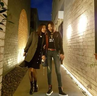 ファン・シネ、SNS更新。娘(イ・ジニ)との2ショット公開「私の完ぺきなパートナー」。