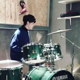 【動画】WINNER らしいドラム演奏。数か所が光ってる。。