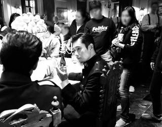俳優イ・ビョンホン、ドラマ「ミスター・サンシャイン」放送終了を控えて、撮影現場の写真を公開。