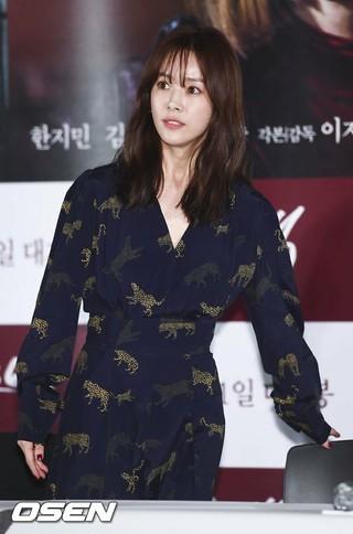 女優ハン・ジミン、映画「ミス・バック」マスコミ試写会に出席。27日午後、ソウル・龍山CGV。