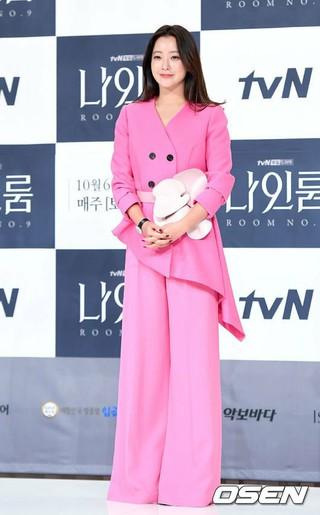 女優キム・ヒソン、tvNドラマ「ナインルーム」制作発表会に出席。2日午後、ソウル・TIMES SQUAREアモリスホール。