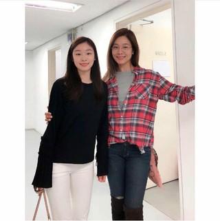 女優オク・チュヒョン、キム・ヨナとのツーショット写真を公開。