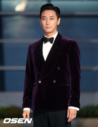 俳優チュ・ジフン、「27th Buil Film Awards」に出席。5日午後、釜山(プサン)海雲台区(ヘウンデグ)BEXCO。