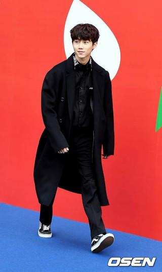 俳優パク・チビン、2019S/S HERA SEOUL FASHION WEEK「VIBRATE」コレクションに出席。16日午前、ソウル東大門DDP。