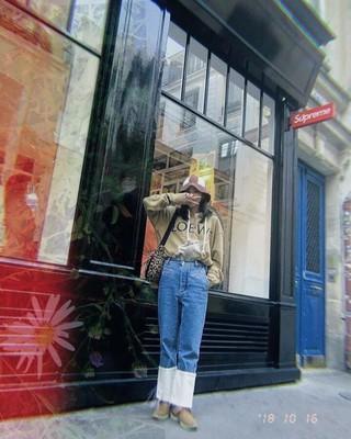【g公式】2NE1_出身DARA、 パリでの写真を公開。