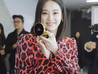【g公式vog】 ユ・アイン 、少女時代 ユリ、キム・ヨングァン 、パク・ジェボム などが出席したtomford beautyのローンチイベントの現場を公開。