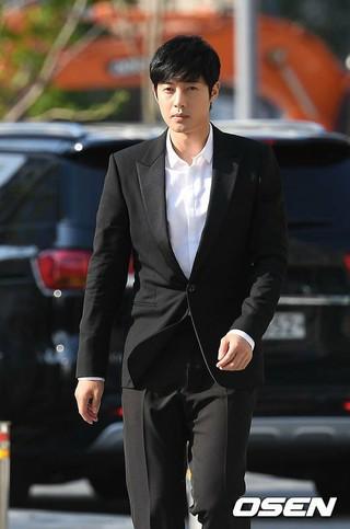 俳優兼歌手キム・ヒョンジュン の元恋人A、控訴審でも罰金刑。詐欺未遂容疑及び出版物による名誉毀損など対する判決公判。