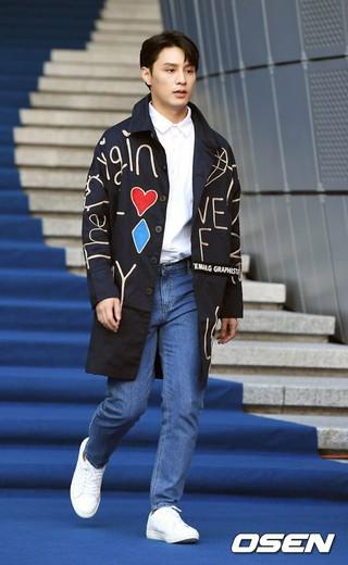 俳優ト・ジハン、2019 S/S HERA SEOUL FASHION WEEK「GRAPHISTE MAN.G」COLLECTIONに参加。18日午前、ソウル・東大門DDP