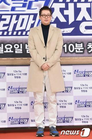 俳優キム・ジョンテ、肝臓癌で闘病中。出演予定だったSBS新ドラマ「皇后の品格」からは降板する。