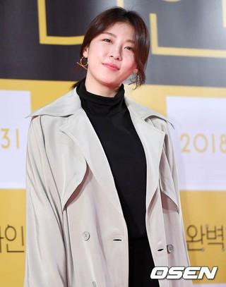 女優ハ・ジウォン、映画「完璧な他人」VIP試写会に出席。23日午後、ソウル・ロッテシネマ ワールドタワー店。