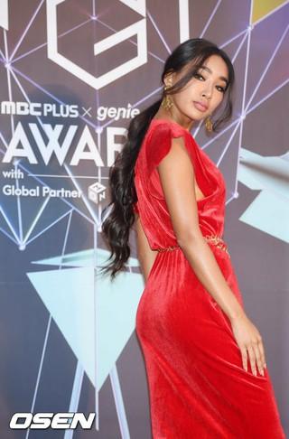 ムン・ガビ、2018MGA(MBC PLUS X genie music AWARDS)のレッドカーペットに登場。6日午後、仁川南洞体育館。