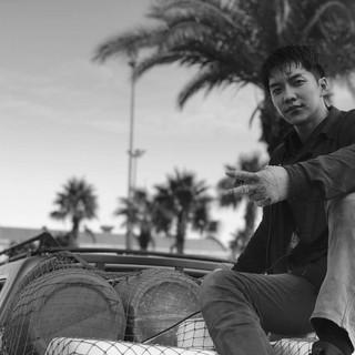 【G公式】俳優イ・スンギ、「Thanks! Goodbye morocco !!」というコメントと共に「バガボンド」現場写真を公開。