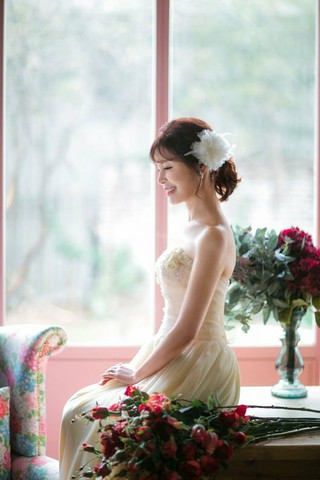 JYJ ジュンスの母親で歌手のユン・ソジョン、きょう(16日)アルバムを発売。アルバム作業にジュンスも大きな関心を示し、収録曲1つである「冬花」という曲名はジュンスが直接つけた。