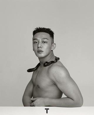 【G公式】俳優ユ・アイン、奇抜な写真を大量公開。●��lesliezhang1992。