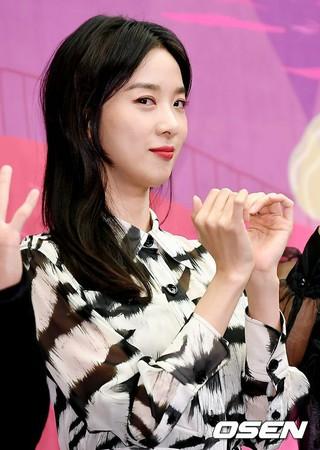 女優イ・チョンア、tvN新バラエティ番組「Amor Fati」制作発表会に出席。