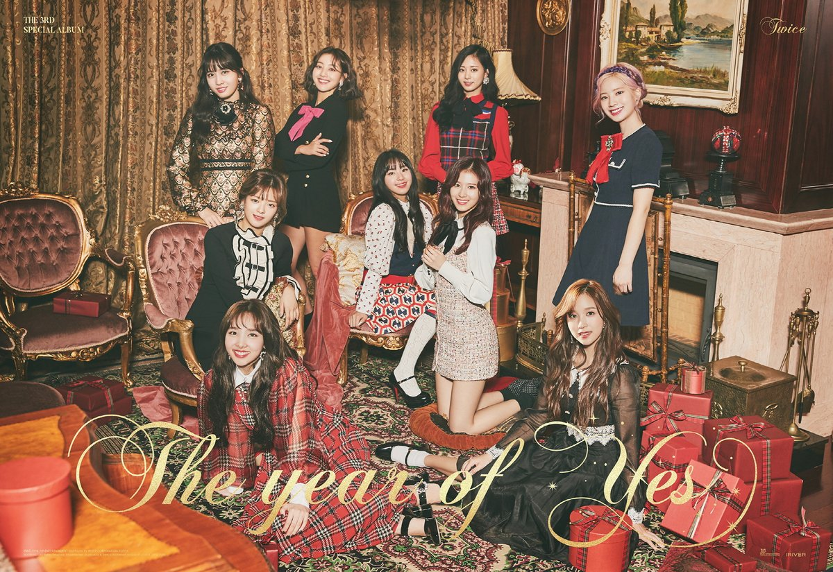 """【d公式jyp】TWICE  THE 3RD SPECIAL ALBUM  The year of """"YES"""" 新たなグループ写真を公開。 