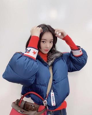 【g公式】女優コ・ジュンヒ、SNS更新。