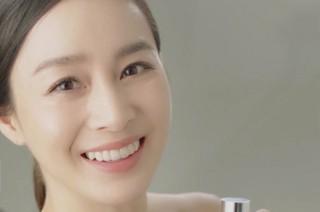 """女優キム・テヒ、近況が韓国で話題。●出産後、初めてのCMカムバック※韓国反応は、「何かが変わっているよね?」「夫Rain(ピ) の""""BE TOO""""事件で大変だろう?」「女性は出"""