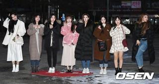 LOVELYZ、KBS「ミュージックバンク」リハーサル出勤完了。14日、ソウル・汝矣島。