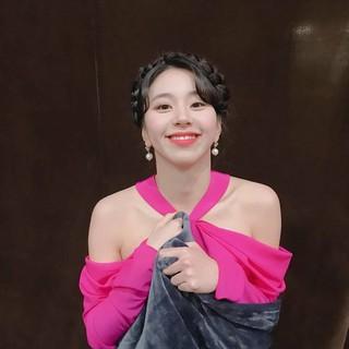 【g公式】TWICE、「2018MAMA香港」で今年の歌賞受賞に感謝。