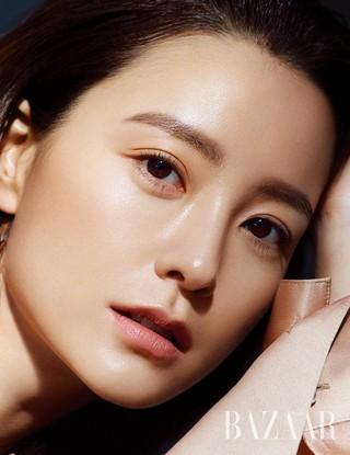 女優チョン・ユミ(恋愛の発見)、画報公開。Harper&#39&#59;s BAZAAR。