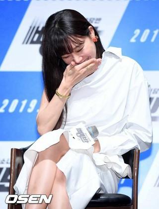 女優コン・ヒョジン、映画「ペンバン」の制作報告会に出席。ソウル・狎鴎亭CGVにて。