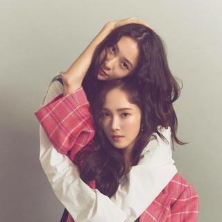 【g公式】少女時代 出身 ジェシカ、f(x)_クリスタル、姉妹の画報を公開。雑誌「NYLON KOREA」。