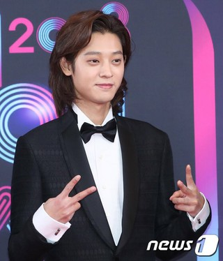 「猟奇的な彼女」俳優チャ・テヒョン、歌手チョン・ジュニョン などの「1泊2日」出演陣、「2018 KBS 芸能大賞」に参加中。。