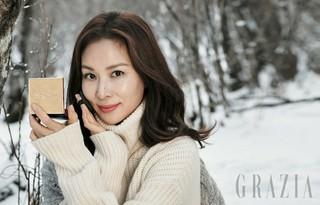 俳優チャ・ドンゴン の妻コ・ソヨン、画報公開。GRAZIA。
