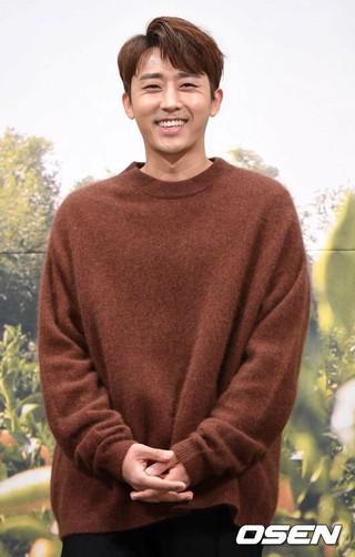 俳優ソン・ホジュン、tvN新バラエティ番組「コーヒーフレンズ」制作発表会に出席。