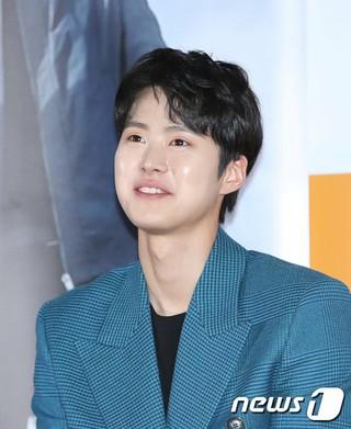俳優コンミョン(5urprise)、映画「極限職業」マスコミ試写会に出席。
