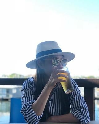 、、【g公式】BoA、休暇の頂点は、昼ビール。。