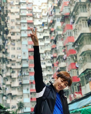 【G公式】U-KISS_出身Kevin、「I just survived 60 hours of NO SLEEP in Hong Kong!」というコメントと共に写真を公開。