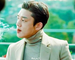 俳優ユ・アイン、自ら書いた「エッセイ」が韓国で話題。。※以下、その直訳。私の住むマンション1階のコンビニが廃業した。 コンビニなのに12時になると閉まるので