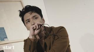 、、【w公式】俳優ピョン・ヨハン、「star1」撮影現場スケッチ。