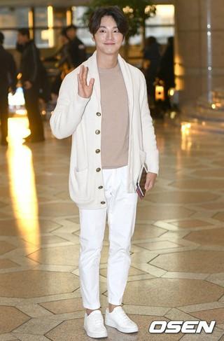 俳優ユン・シユン、ドラマプロモーションのため日本へ出国。