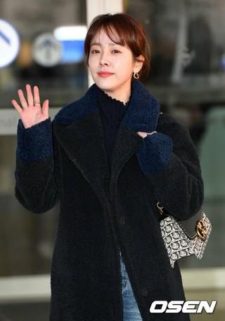 女優ハン・ジミン、「NYアジアンフィルムフェスティバル」出席のためアメリカ・ニューヨークに向けて出発。31日午後、仁川国際空港。。