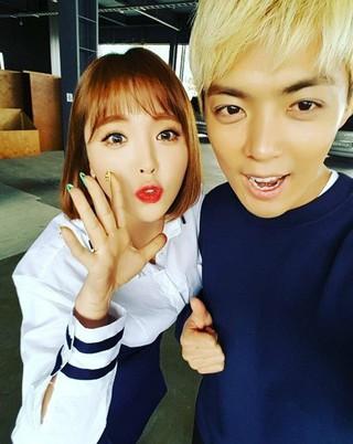 M.I.B 出身KangNam、SNS更新。歌手ホン・ジニョンとのツーショット写真を公開。 (1枚)