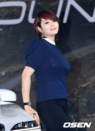 女優キム・ヘス、The New Volvo Cross Country除幕式に出席。