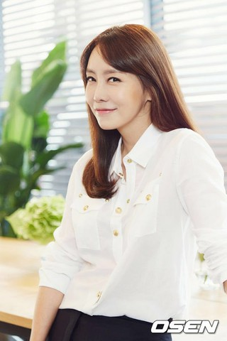 女優キム・ジョンウン、ドラマ「Dual」出演。2年ぶりのドラマ・カムバック。昨年4月に結婚。